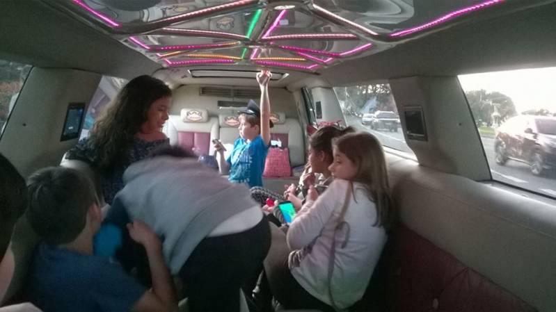 Alugar Limousine para Festa Preço 40979 no M'Boi Mirim - Aluguel de Limousine para Festa