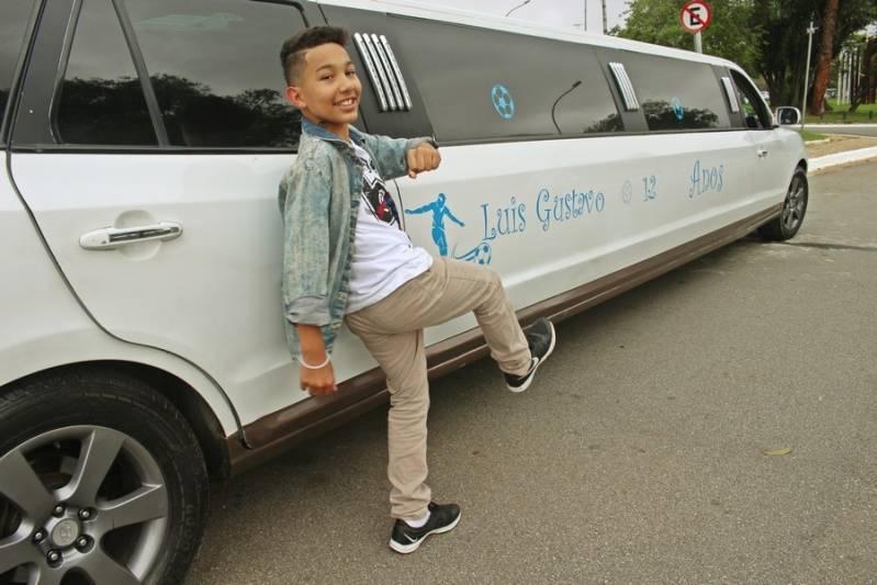 Empresa de Locação de Limousine para Festa Infantil Jardim Santa Cruz - Loja de Limousine Branca