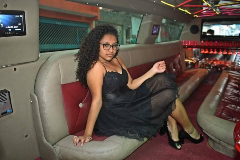 Empresa de Locação de Limousines Vila dos Andradas - Locação Limousine Branca para Casamento