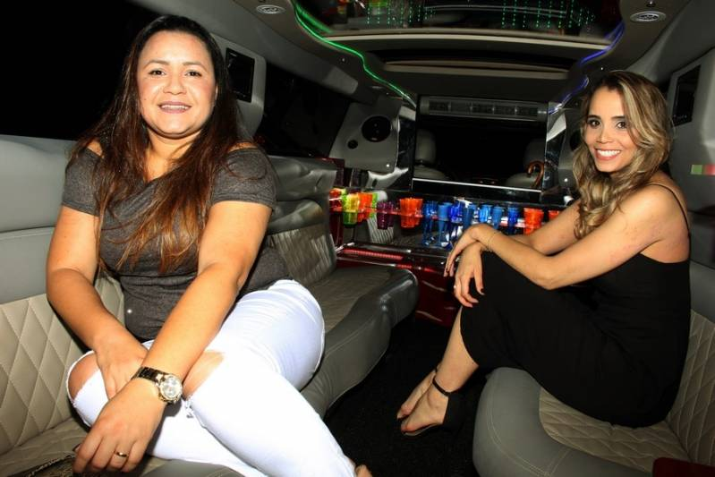 Locação de Limousine Aniversario Preço Jardim Celeste - Aluguel de Limousine para Festa Debutante