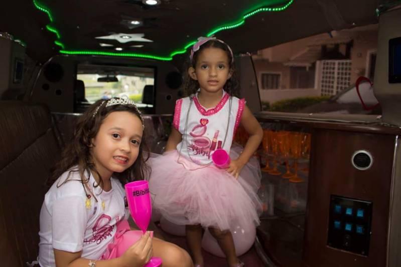 Locação de Limousine de Festa Preço Jardim Textil - Locação de Limousine para Dia de Princesa