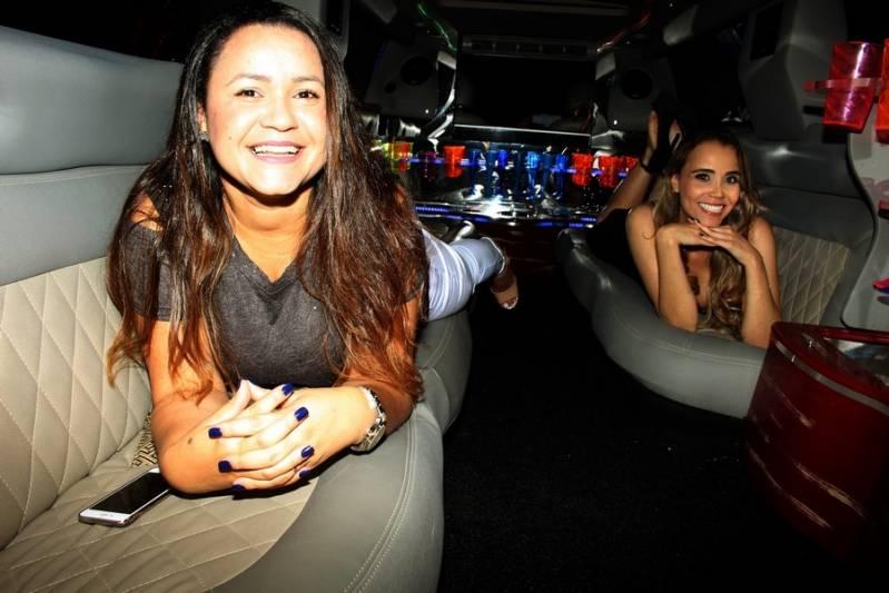 Locação de Limousine de Festa Preço Vila Brasil - Aluguel de Limousine Preta para Festas