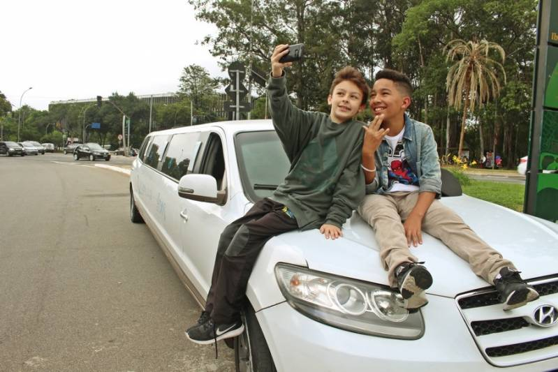 Locação de Limousine de Festa Preço Vila Parque Jabaquara - Loja de Limousine Rosa