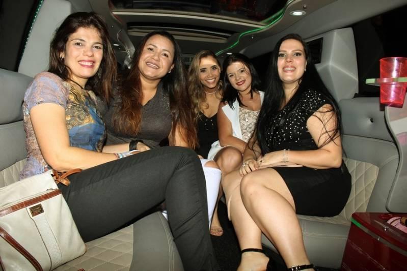 Locação de Limousine Festa Preço Paranapanema - Aluguel de Limousine Branca para Festas