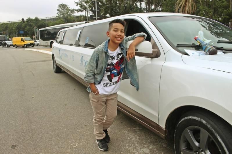Locação de Limousine para Casamento Preço Jardim da Glória - Loja de Limousine Branca