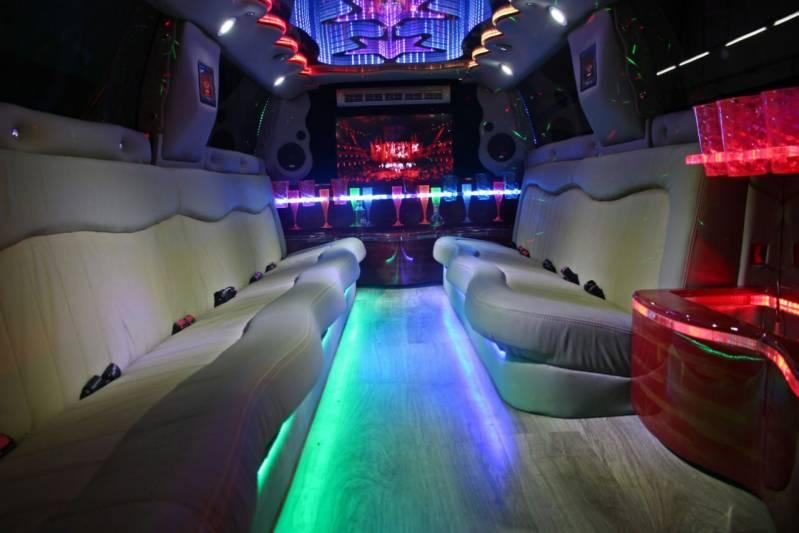 Locação de Limousine para Casamentos Preço Uchoa - Locação de Limousine de Luxo para Casamento