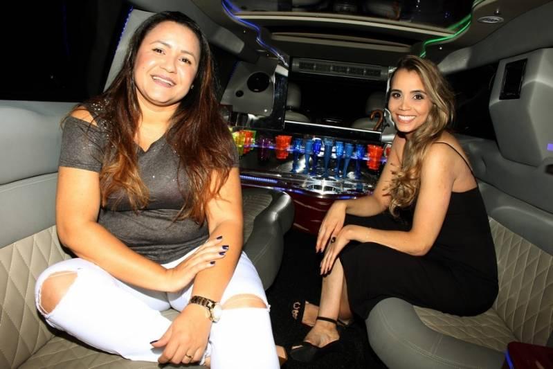 Locação de Limousines Preço Jardim Sara - Aluguel de Limousines para Festas com Motorista