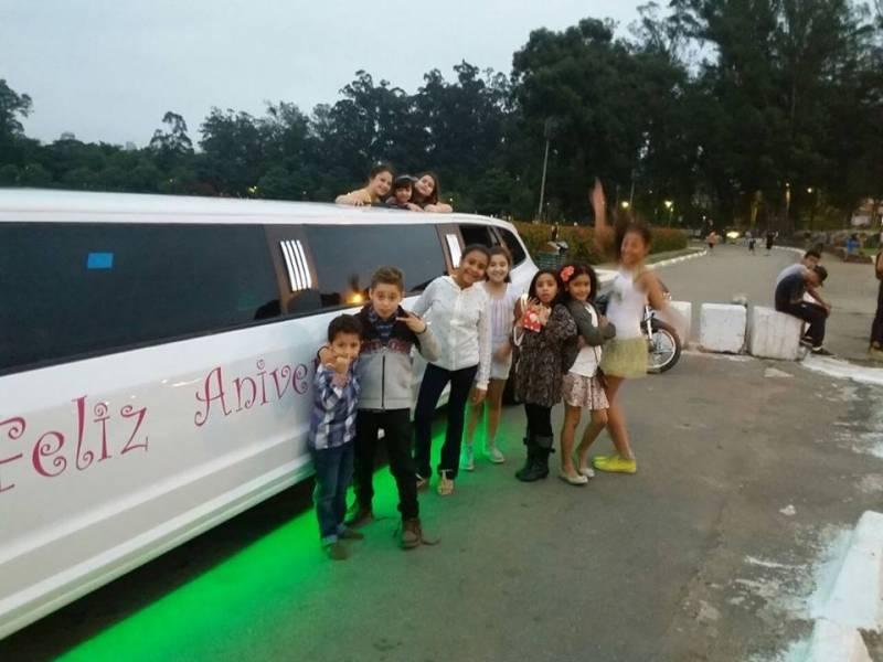 Onde Encontrar Limousine para Festa em SP na Chácara Dona Olívia - Aluguel de Limousine para Festa