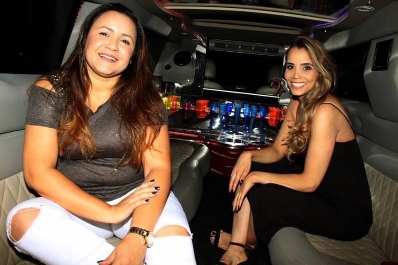 Quanto Custa Locação de Limousine de Festa Chácara Cachoeirinha - Aluguel de Limousine de Luxo para Casamentos