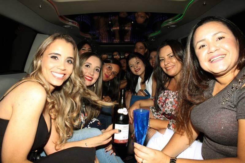 Quanto Custa Locação de Limousine Infantil Riolândia - Aluguel de Limousine para Festa Casamento