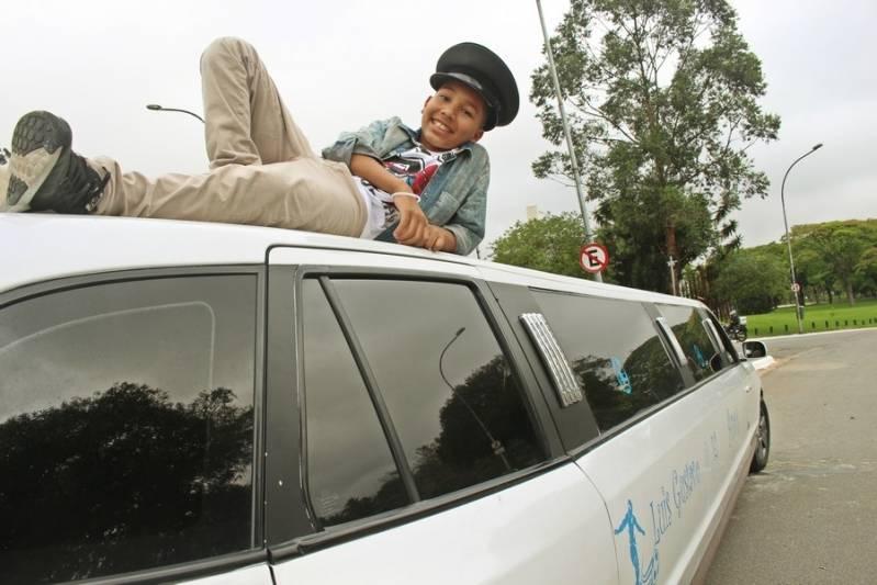 Quanto Custa Locação de Limousine Infantil Vila Dornas - Loja de Limousine Rosa