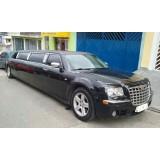 Aluguel de limousine para balada preço acessível na Vila Rosaria