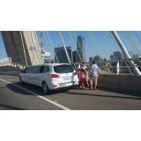 Aluguel de limousine para eventos melhor preço em Viana