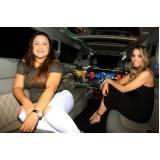 aluguel de limousines para festas com motorista