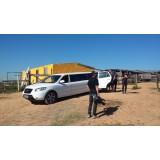Aluguel limousine preço acessível em Guaimbê