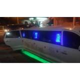 Aniversário em limousine valor na CECAP