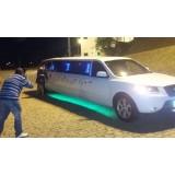 Festa de aniversário em limousine onde contratar no Jardim Floresta