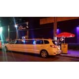 Limousine locação com motorista menor preço na Vila Benevente