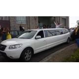 Limousine locação com motorista menor preço na Vila Clara