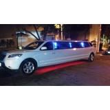 Limousine locação com motorista preço acessível na Chácara Nani