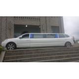 Limousine locação com motorista preço no Parque Continental