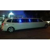 Limousine locação menor preço na Vila Cláudia