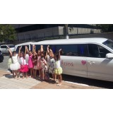 Limousine para aniversário infantil onde contratar no Jardim São Bernardo