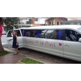 Limousine para aniversário preço no Jardim Caxinguí
