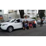 Limousine para aniversário quanto custa na Vila Sulina
