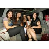 locação de limousine festa preço Paranapanema