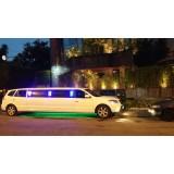 Locação de limousine luxuosa preço acessível na Cupecê
