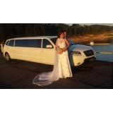 Locação de limousine luxuosa preço acessível na Vila Nivi
