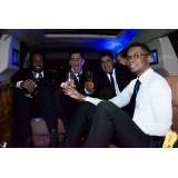 Locação de limousine para balada menor preço no Jardim Leonor