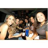 locação de limousine para festa preço Jardim Campina