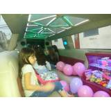 locação de limousine rosa para festa infantil na Grajaú
