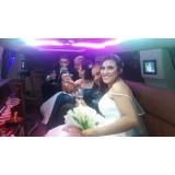 Onde alugar limousine para casamento em Roseira