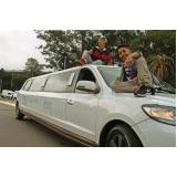 quanto custa locação de limousine de festa Jardim São Savério